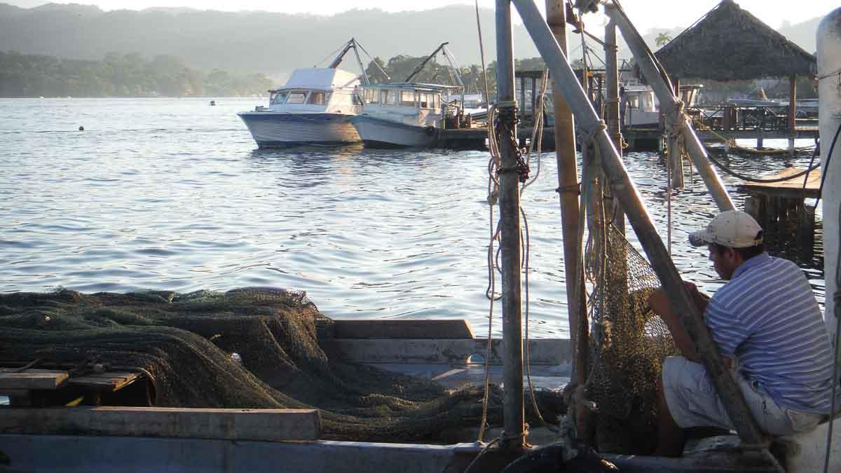 Barcos en Guatemala