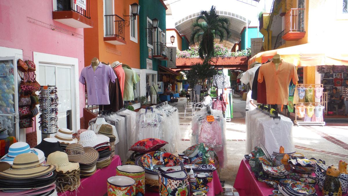 Mercado de artesania en Cancun