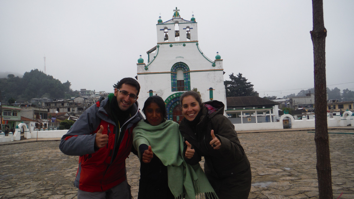 Nosotros con una joven mexicana