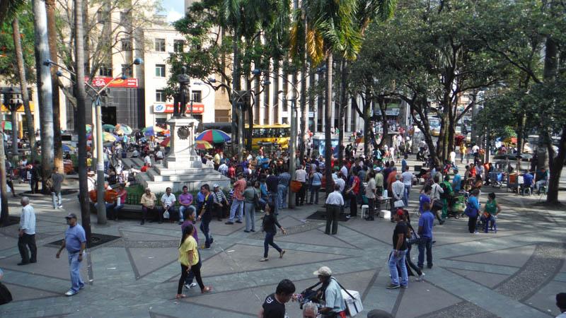 Medellín y Bogotá