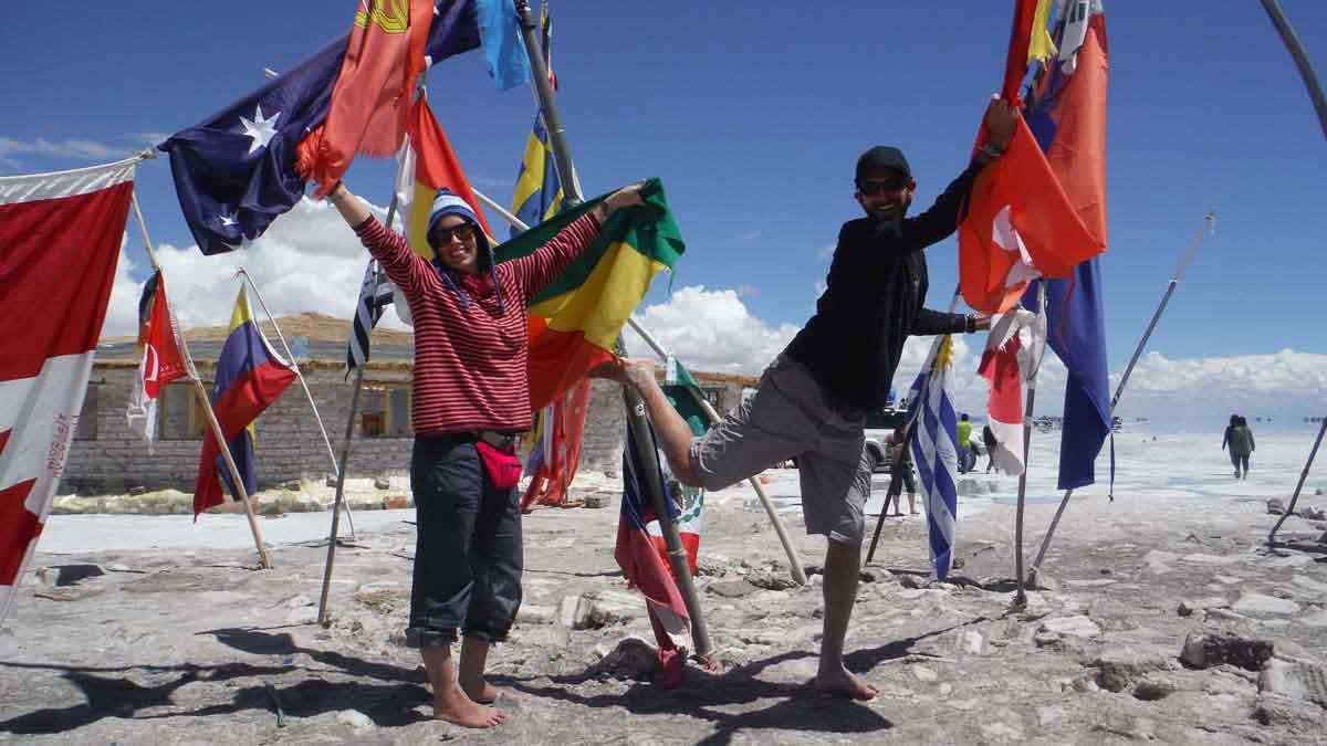 Banderas en Uyuni
