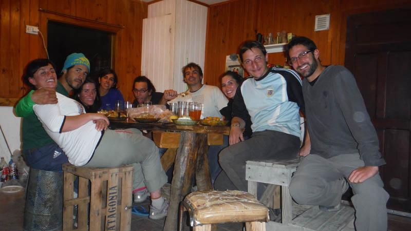 cena con amigo en Chaltén