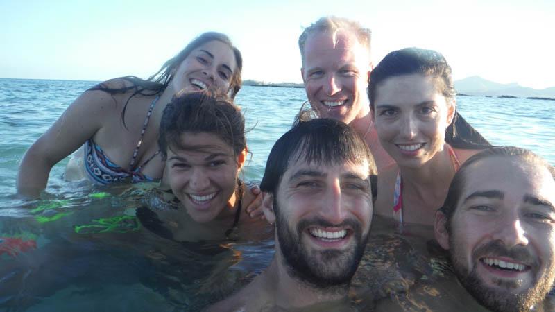 con amigos en Nacula, Islas Fiji
