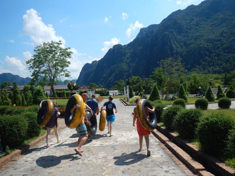 tubbing en Laos