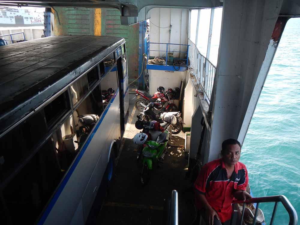 Como llegar de Bali a Java