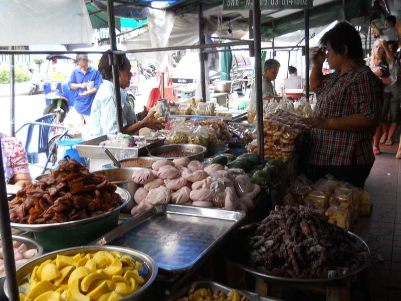 Qué ver en Tailandia en 20 días: Mercado callejero en Tailandia