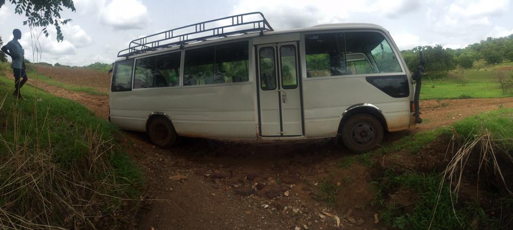 camino hacia los poblados belik