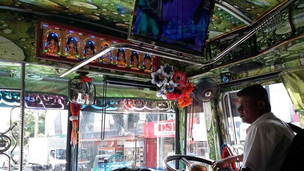 Buses en Sri Lanka