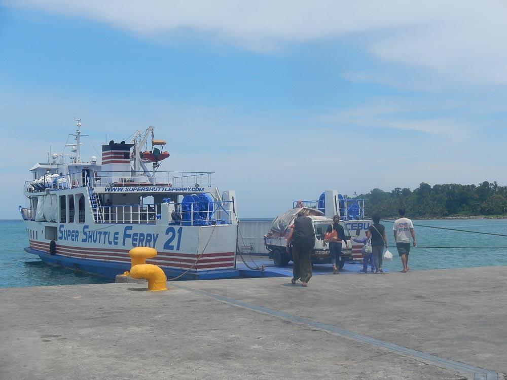 Barcos en Filipinas