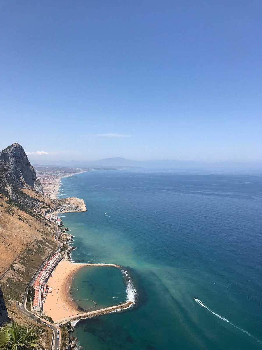 Una de las playas de Gibraltar