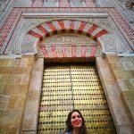 MJ en unos de las puertas de la Mezquita de Cordoba