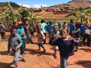 Niños en Madagascar
