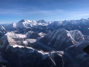 Sobrevolando el Everest