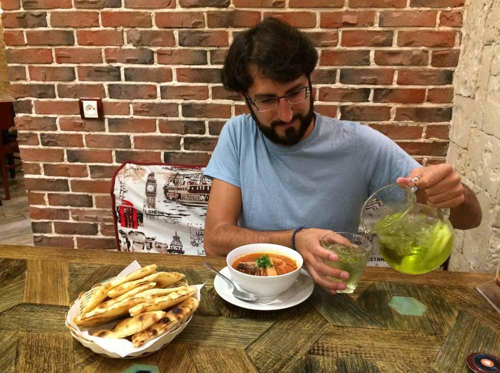 Comer en Armenia
