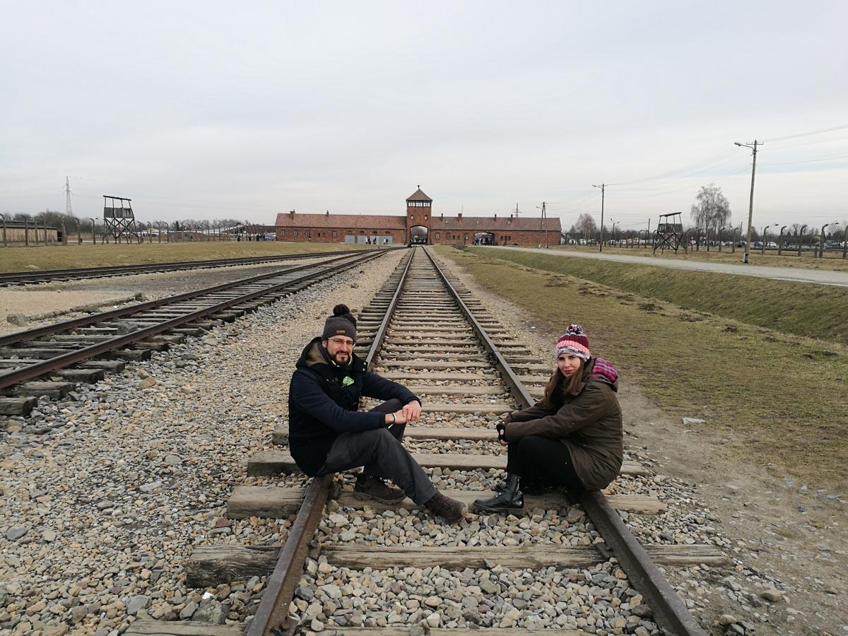 Vias de tren en Auschwitz II
