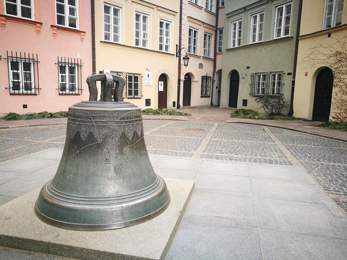 Famosa campana de Varsovia