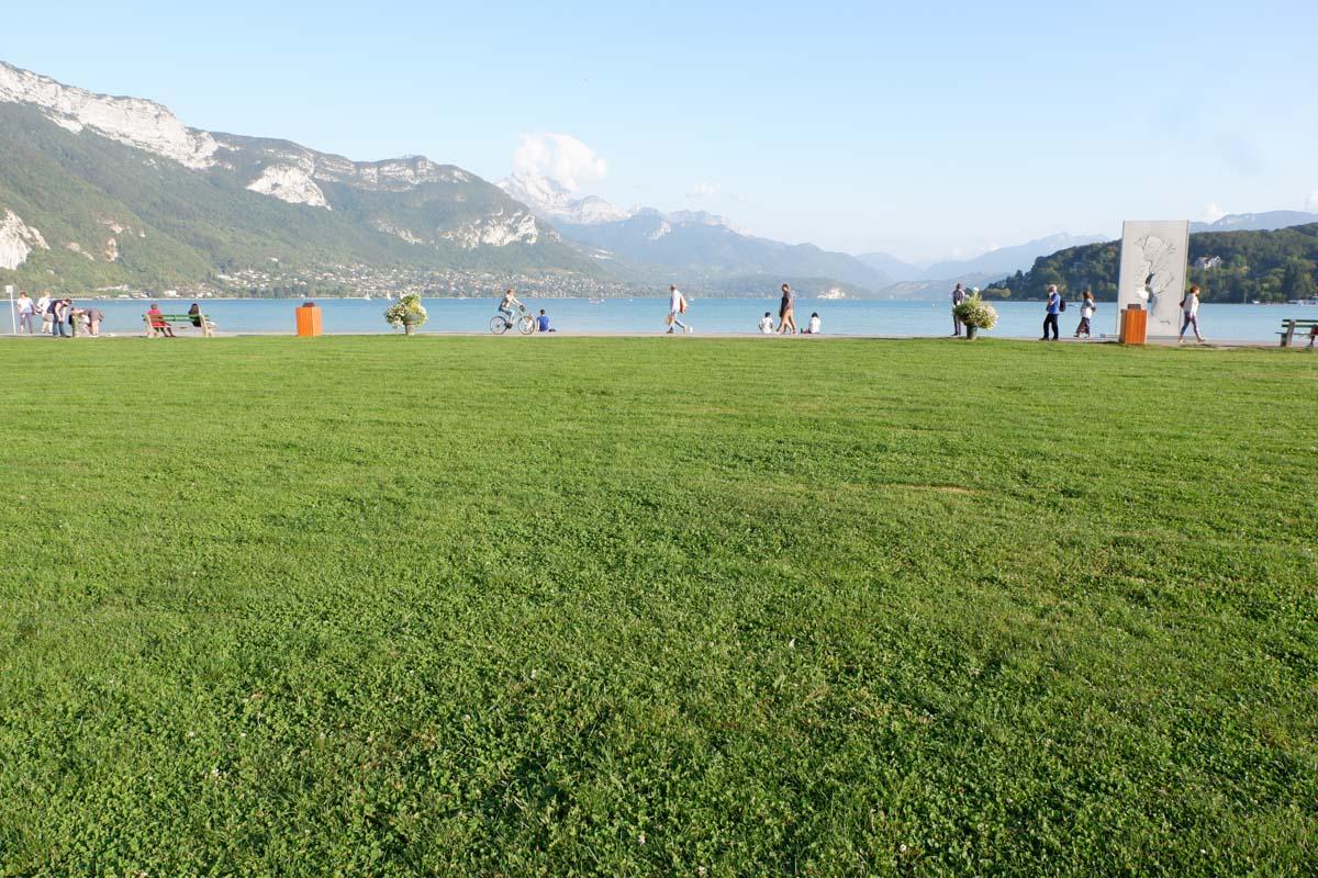Annecy para todas las estaciones: el lago y las montañas alpinas