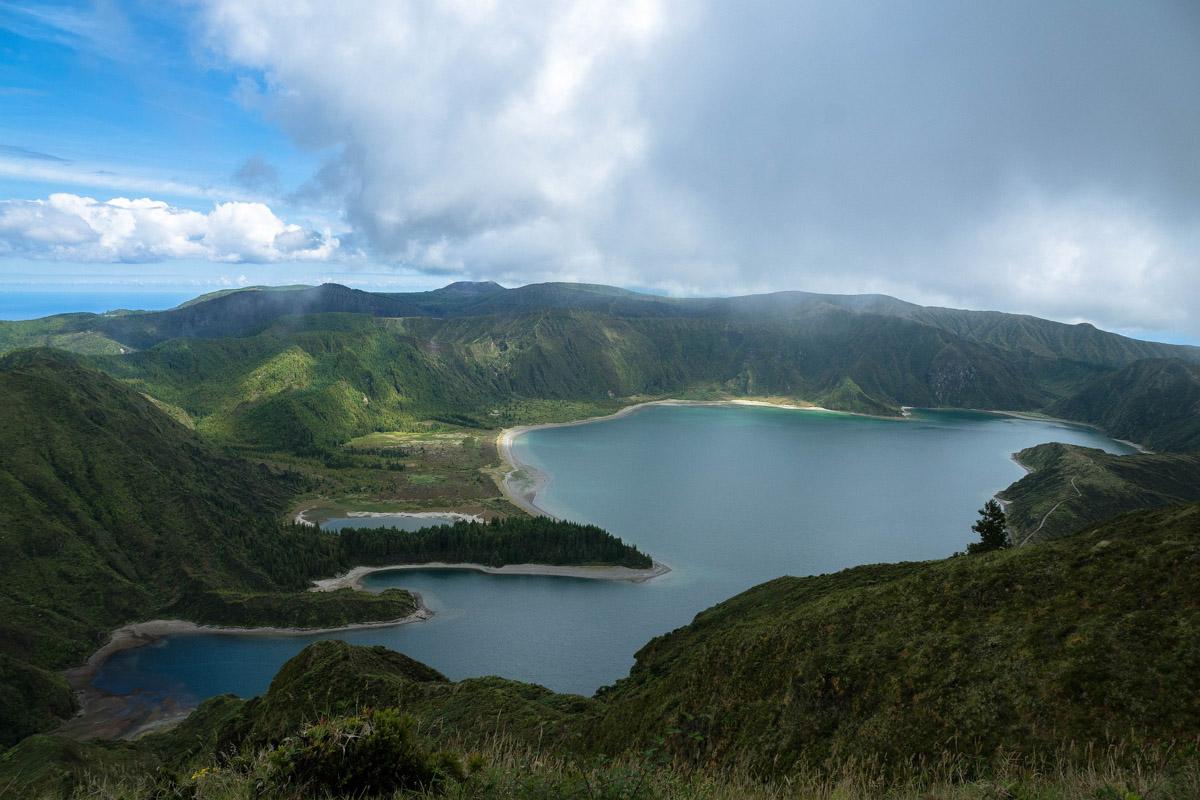 Lago en las Azores
