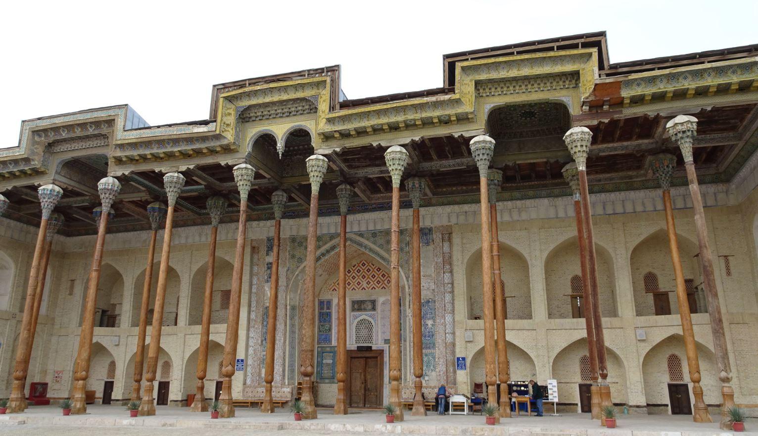Mezquita Bolo-Khauz