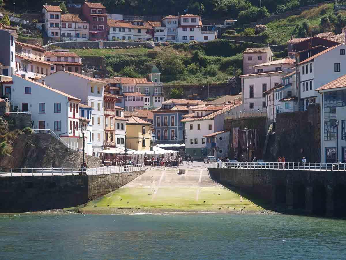 Pueblos bonitos de Asturias: Vistas Cudillero